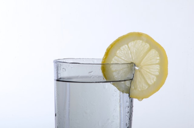 夏の水分補給、何を飲む?